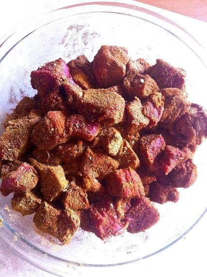 Tagine marroquí de carne, calabaza butternut y camote