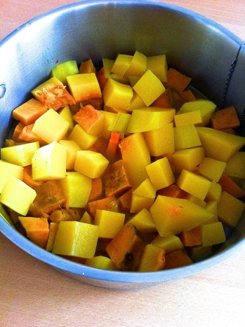 crema especiada de zanahoria, zapallo butternut y camote